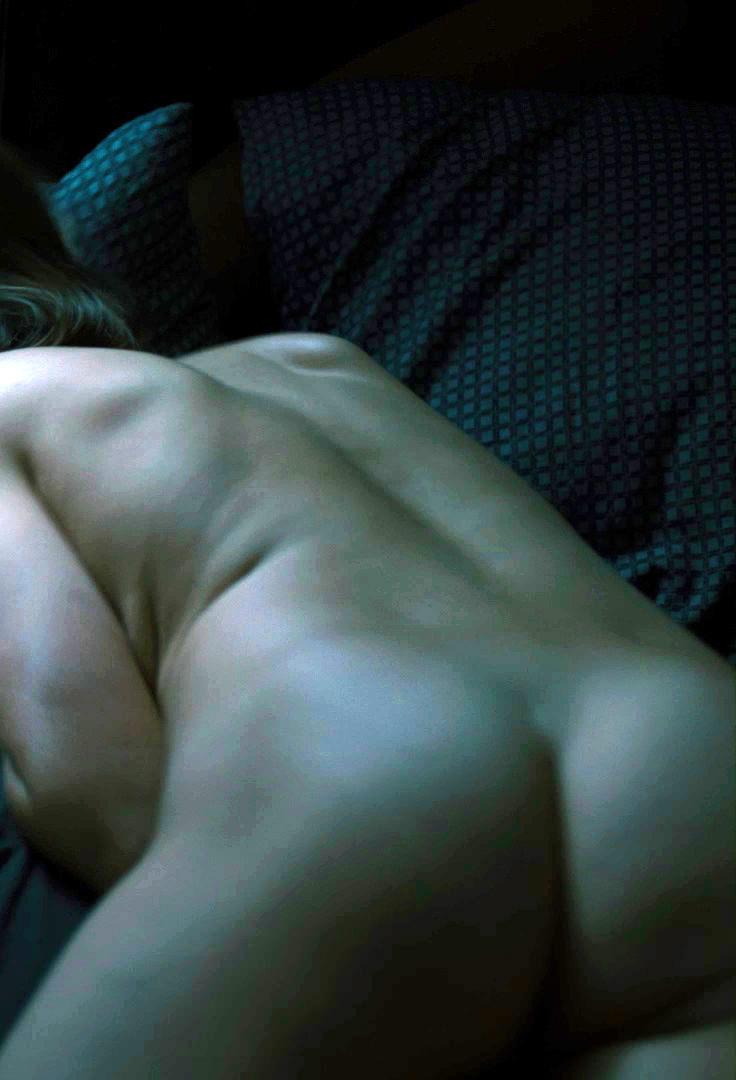 porno-stseni-iz-filmov-s-darey-melnikovoy