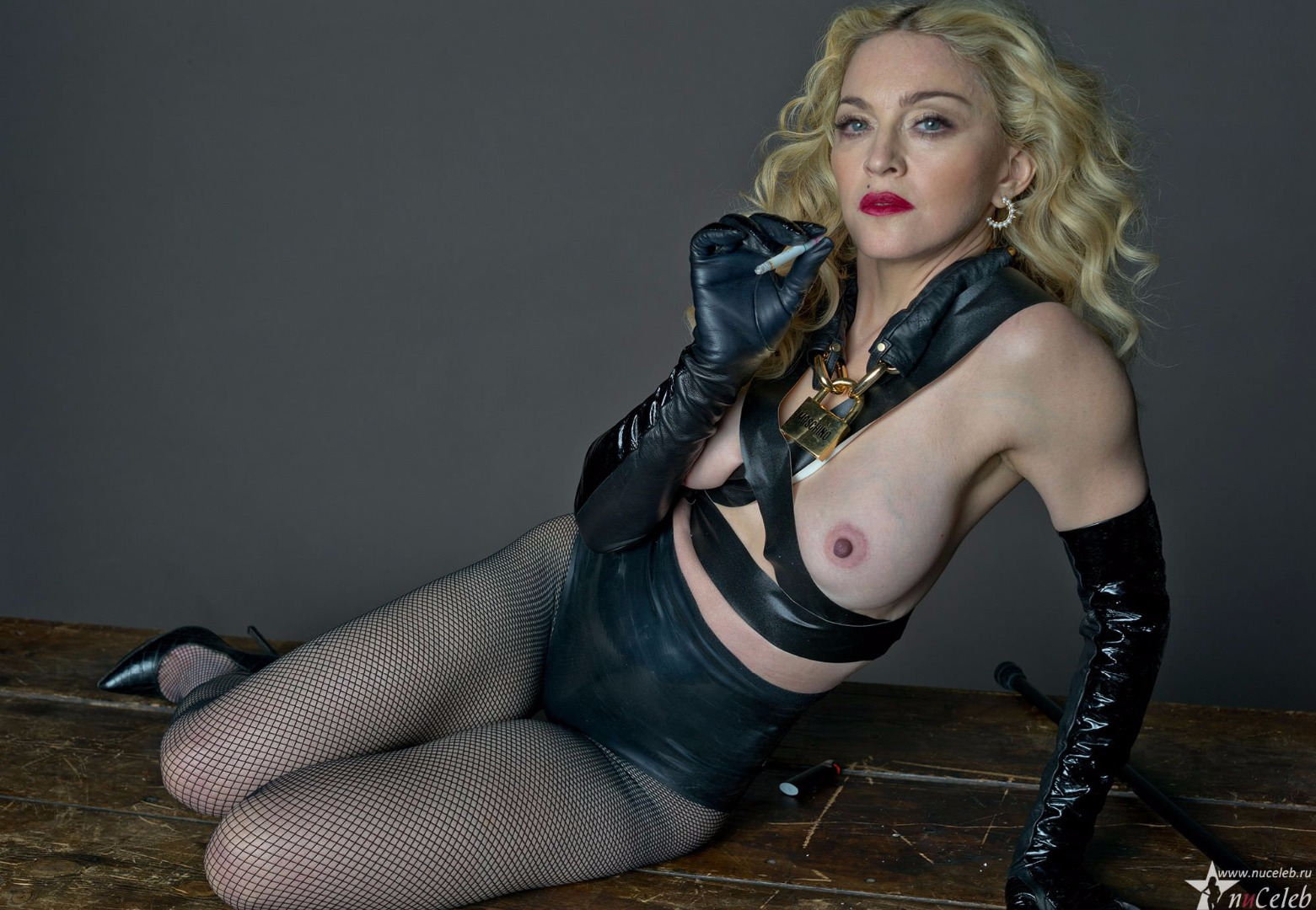 madonna-the-singer-naked-innocent-and-busty