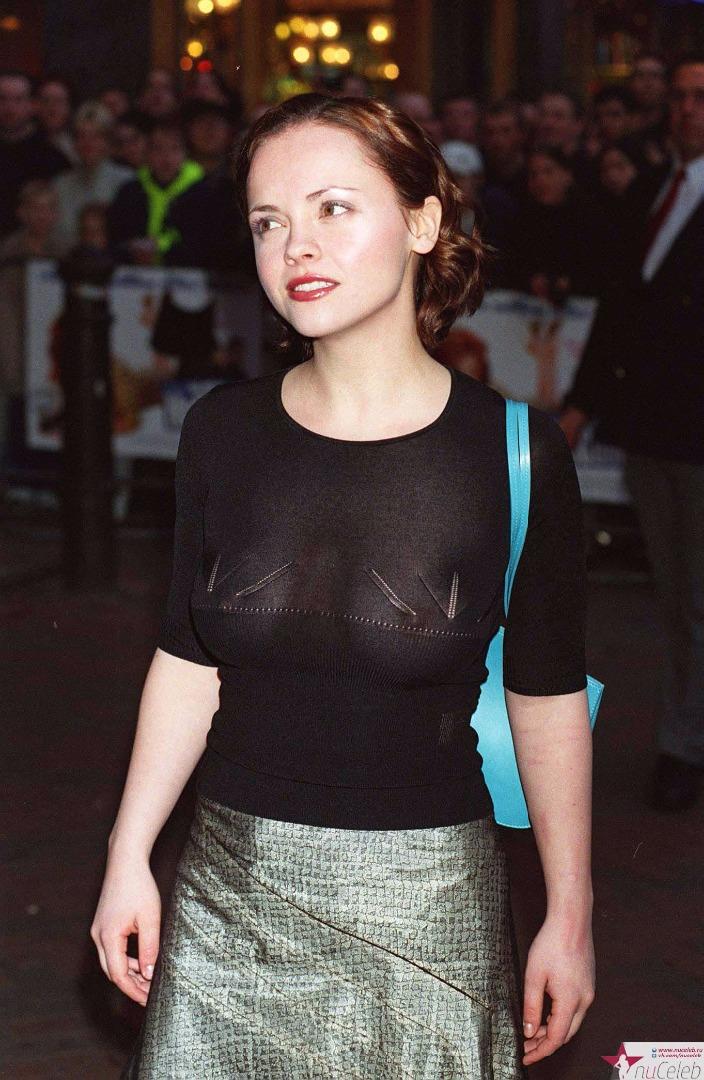 грудь просвечивает сквозь блузку фото лесбийская любовь