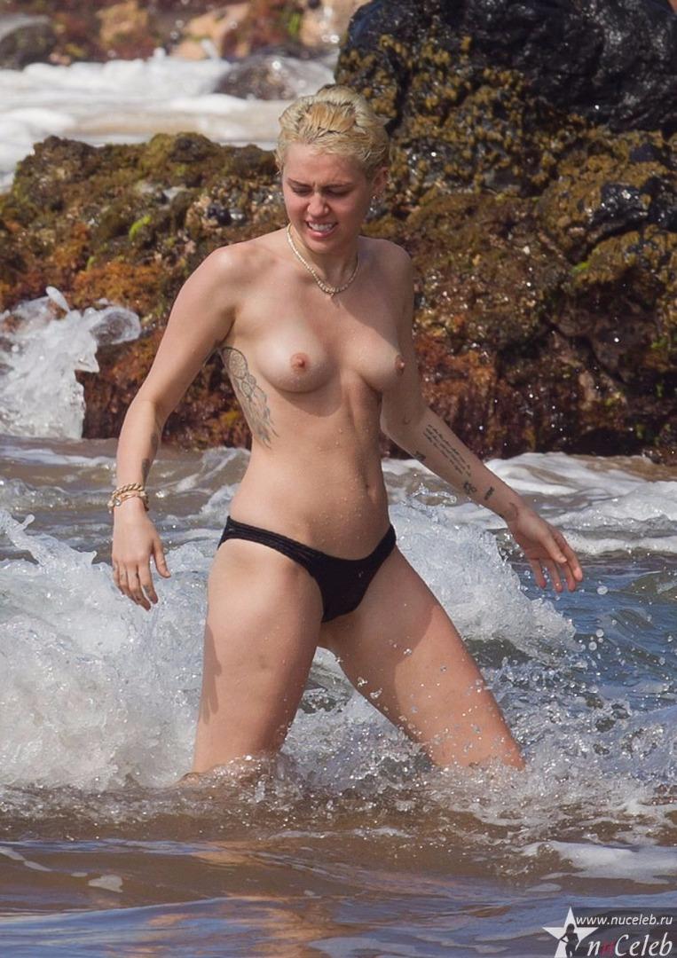 Топлесс русские знаменитости 23 фотография