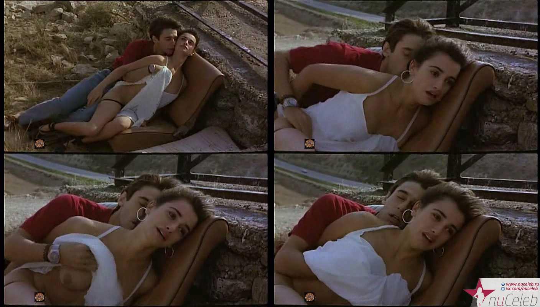 smotret-film-erotika-onlayn-vetchina-penelopa-krus