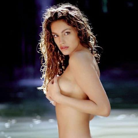 flashing-their-brooke-dillman-nude-mridul-bikini-hot