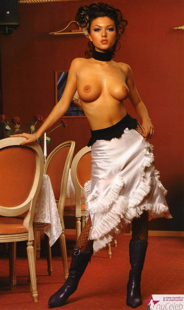 Голые откровенные фото актрис