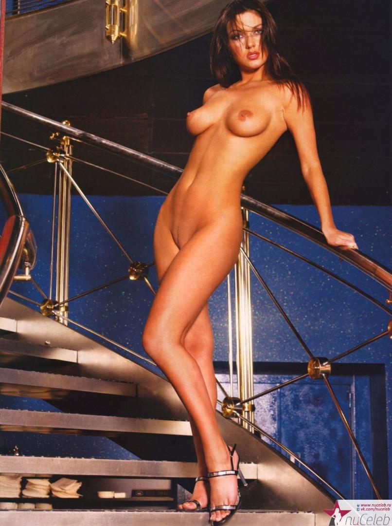 Юля dekolte голая 7 фотография
