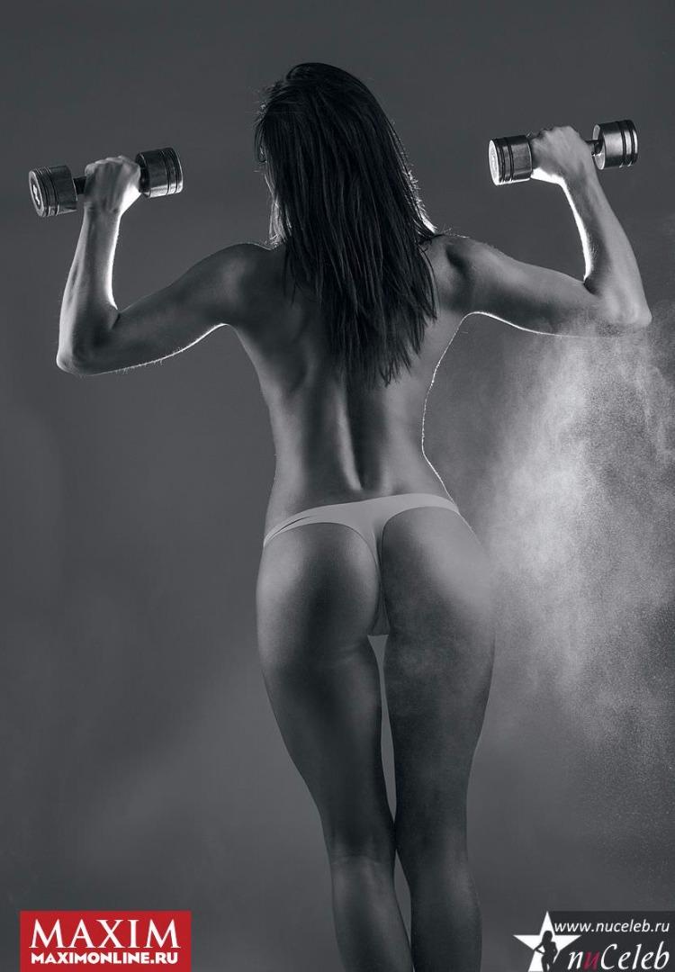 eroticheskie-foto-nasti-samburskoy